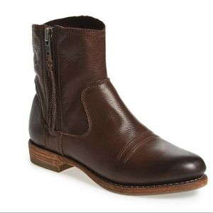 Blackstone BW30 Western Ankle Boots Size 8